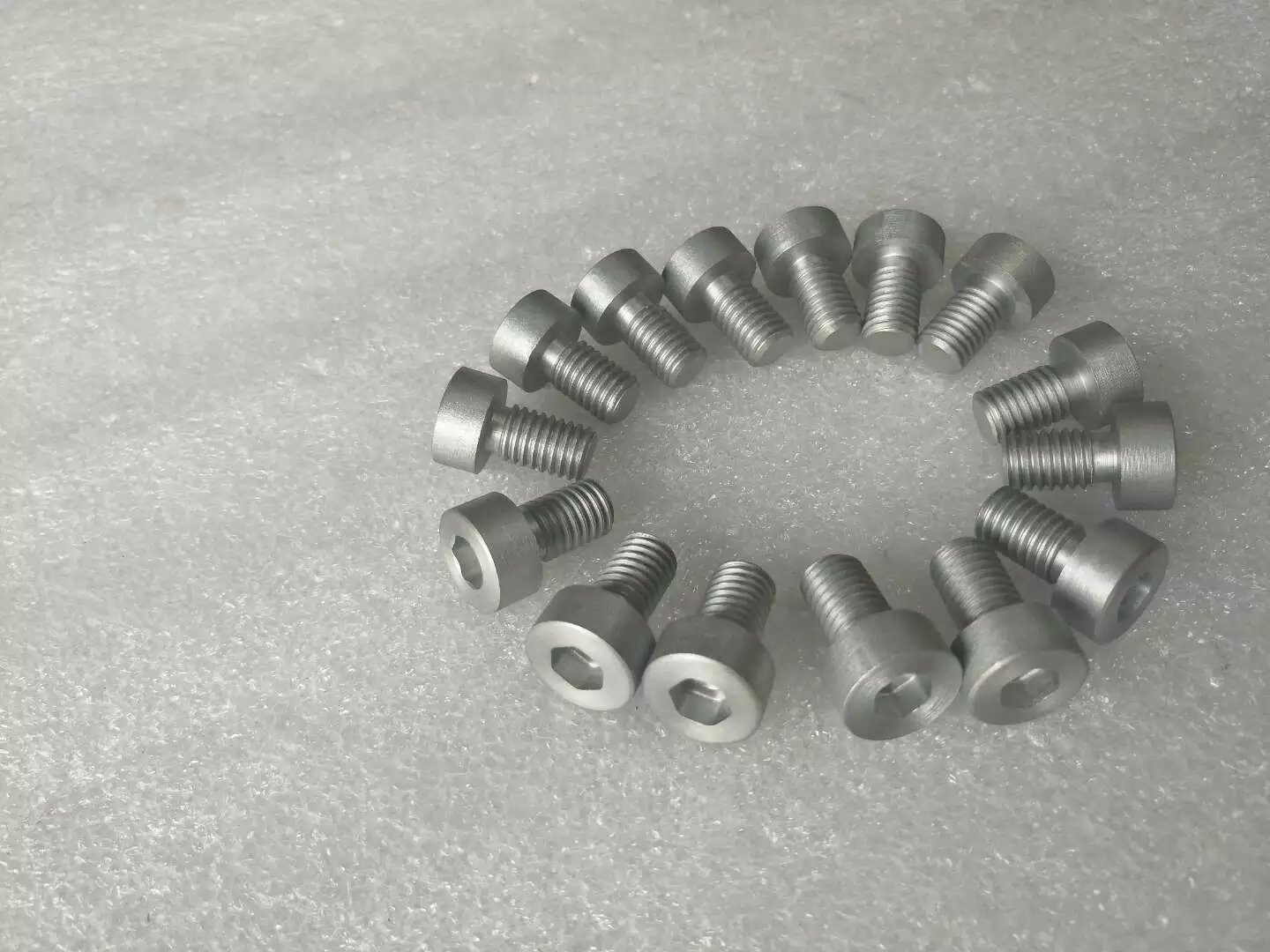 Molybdenum screw (internal six party)